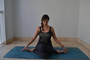 online yoga teacher